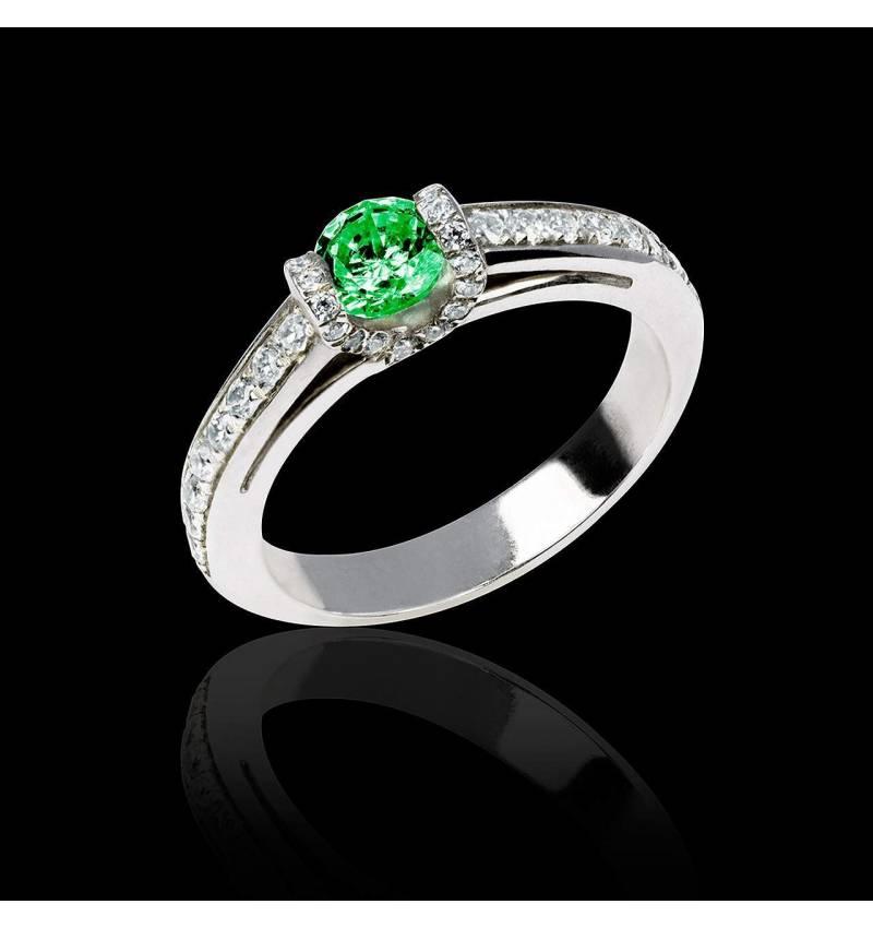 Hera白18K金 祖母绿戒指 群镶钻石