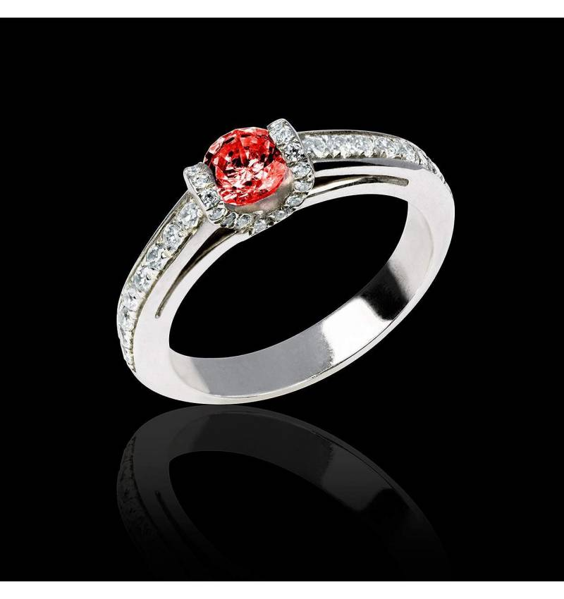 Hera白18K金群镶钻石 红宝石戒指