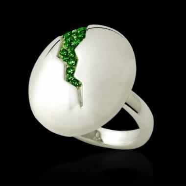 Quake 祖母绿戒指