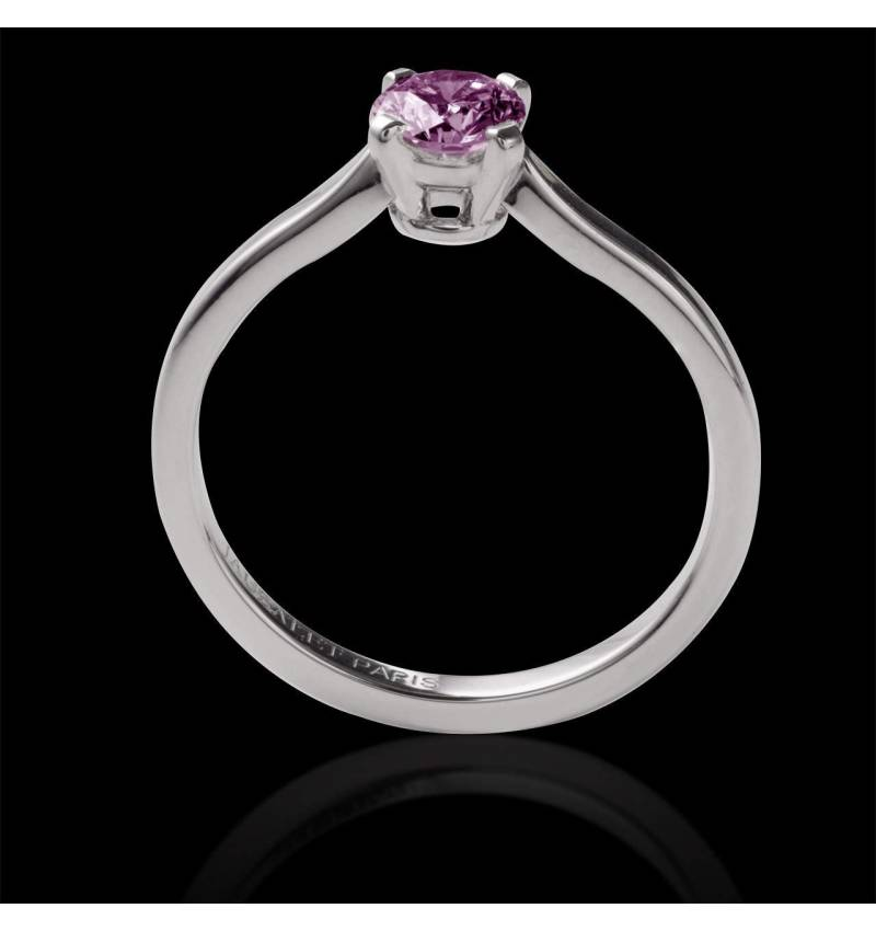 Vanessa solo 单颗圆形粉红蓝宝石订婚戒指