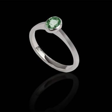 Moon solo 椭圆形单颗祖母绿戒指