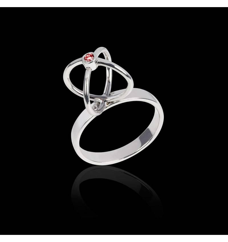 Cage 红宝石戒指