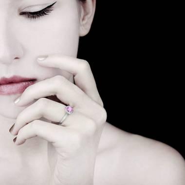 瑞卡Solo 单颗粉红蓝宝石戒指