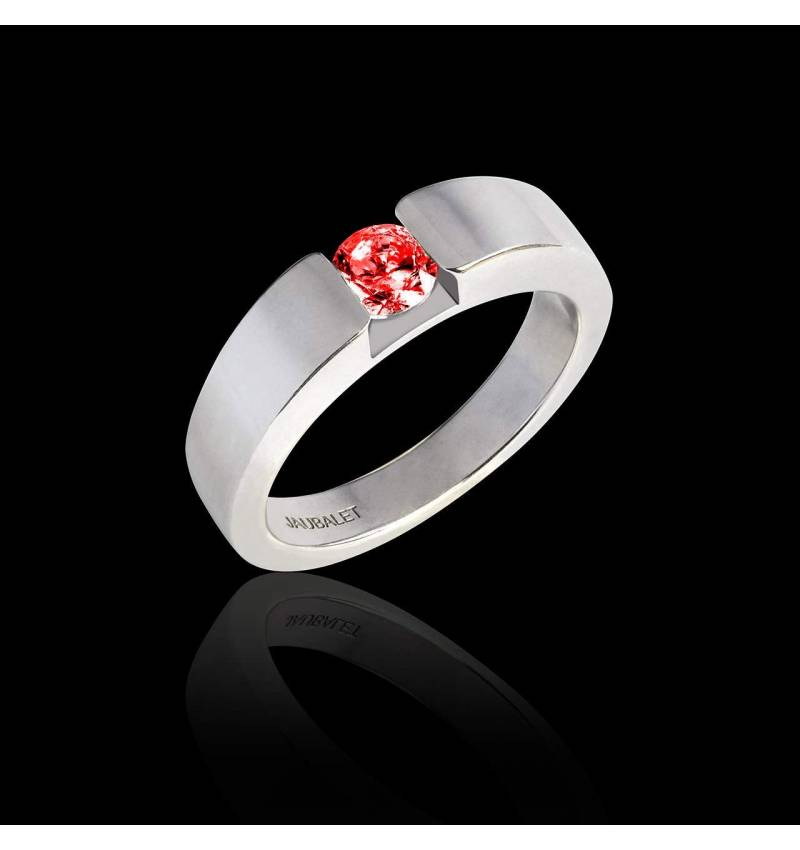 Pyramide 白18K金圆形红宝石订婚戒指
