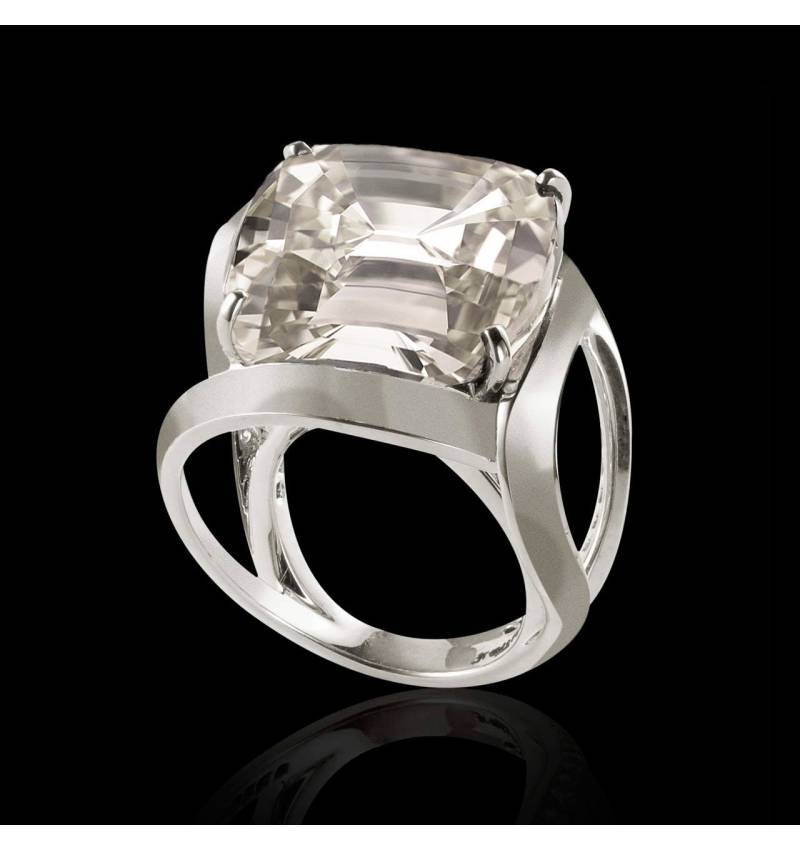 Future Solo 18K金单颗钻石戒指