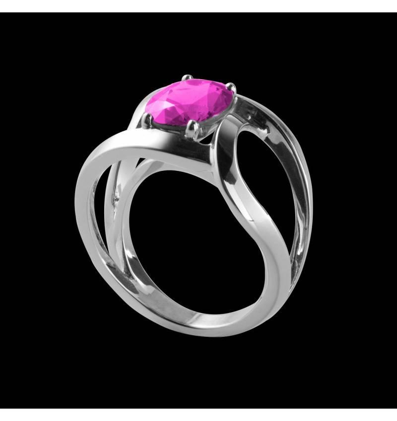 Future Solo 单颗圆形宝石戒指