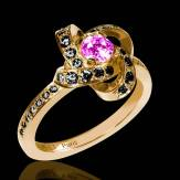 Chloe 粉红蓝宝石戒指