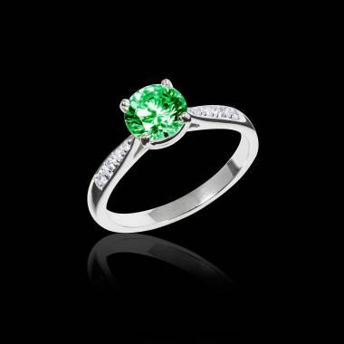 Angela 祖母绿订婚戒指