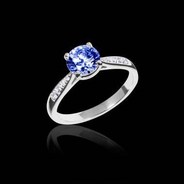 Angela 蓝宝石订婚戒指