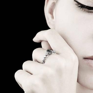 Elsa 黑钻戒指