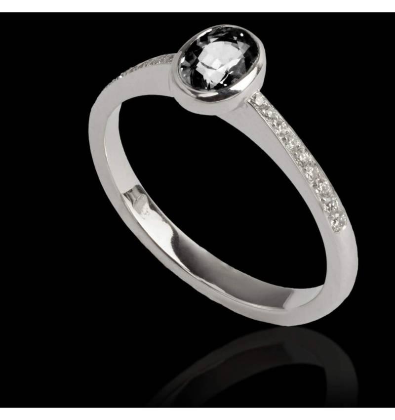 Ovale Moon 黑钻戒指