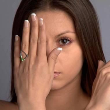 三维 祖母绿戒指