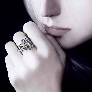 星辰黑色钻石戒指