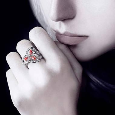 星辰红宝石戒指