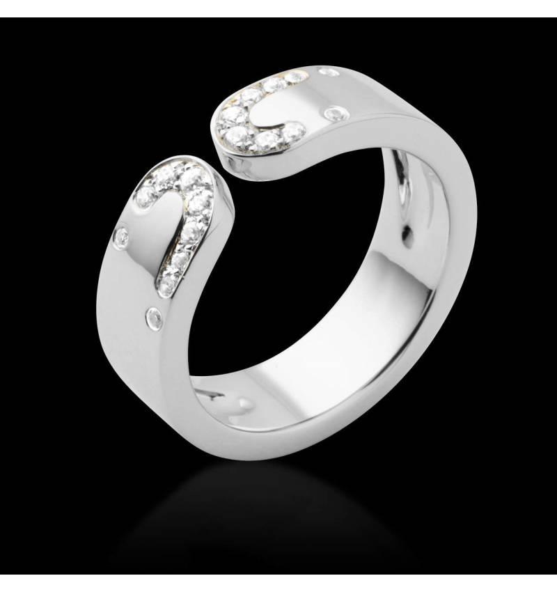 迷惑钻石戒指