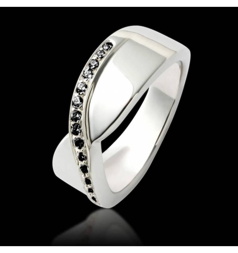 永恒黑钻戒指