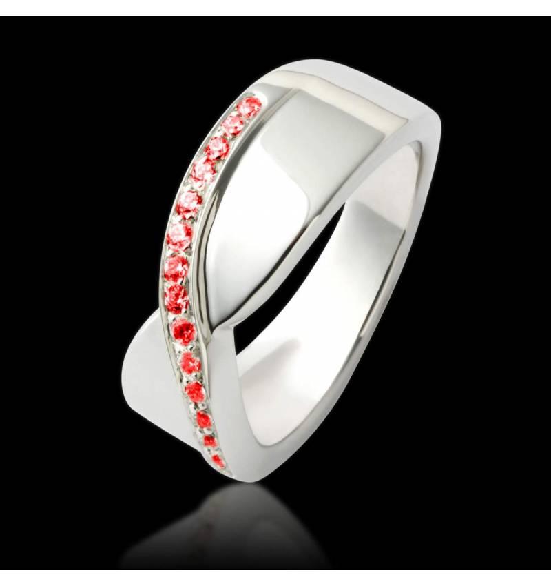 永恒红宝石戒指