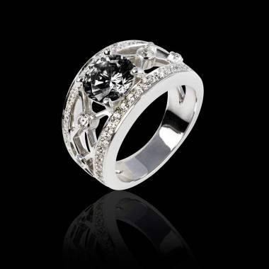 丽姬女王白18K金圆形黑钻 群镶钻石戒指
