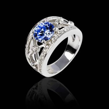 丽姬女王白18K金圆形红宝石戒指