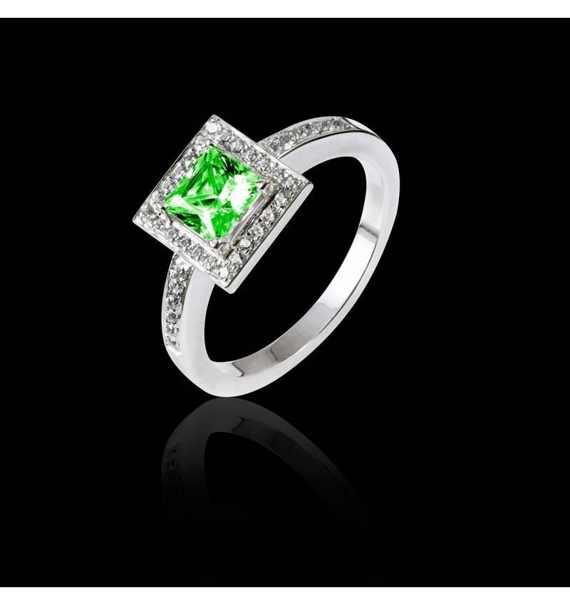 佩兰 祖母绿订婚戒指