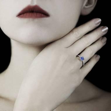 Bague saphir bleu Manon