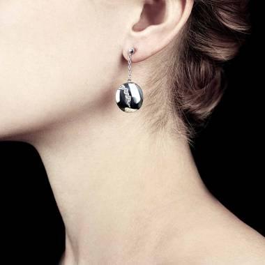 Quake 钻石耳环