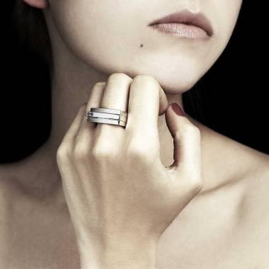 Bague diamant noir Sensus