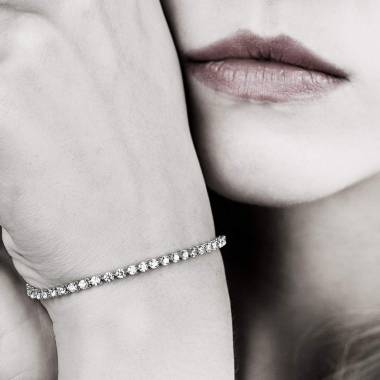 River粉红蓝宝石手链