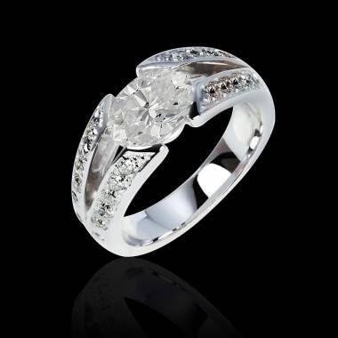 伊莎贝尔 K金钻石密镶订婚戒指