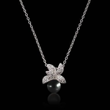 Pendentif perle noire...