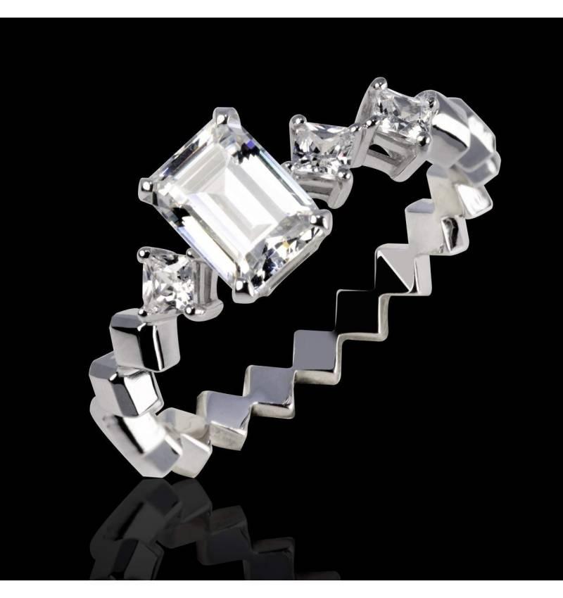 Elsa 18K金钻石订婚戒指 群镶钻石