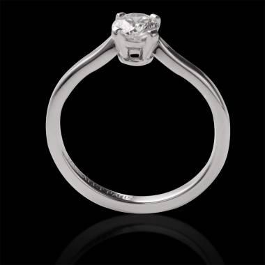 Vanessa solo 18k金单颗钻石订婚戒指